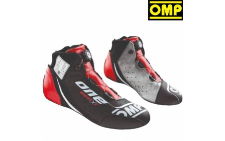 Bottines FIA Cuir OMP One Evo X R rouge/gris
